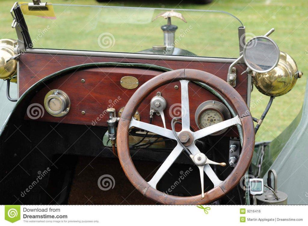 interiores-clásicos-del-coche-9216416.jpg