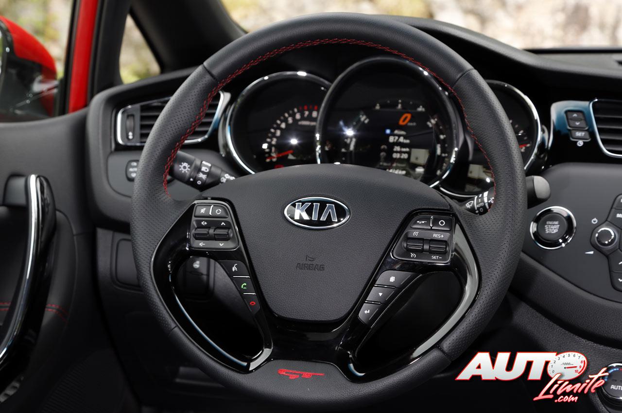 KIA-Pro-Ceed-GT_interior_03.jpg