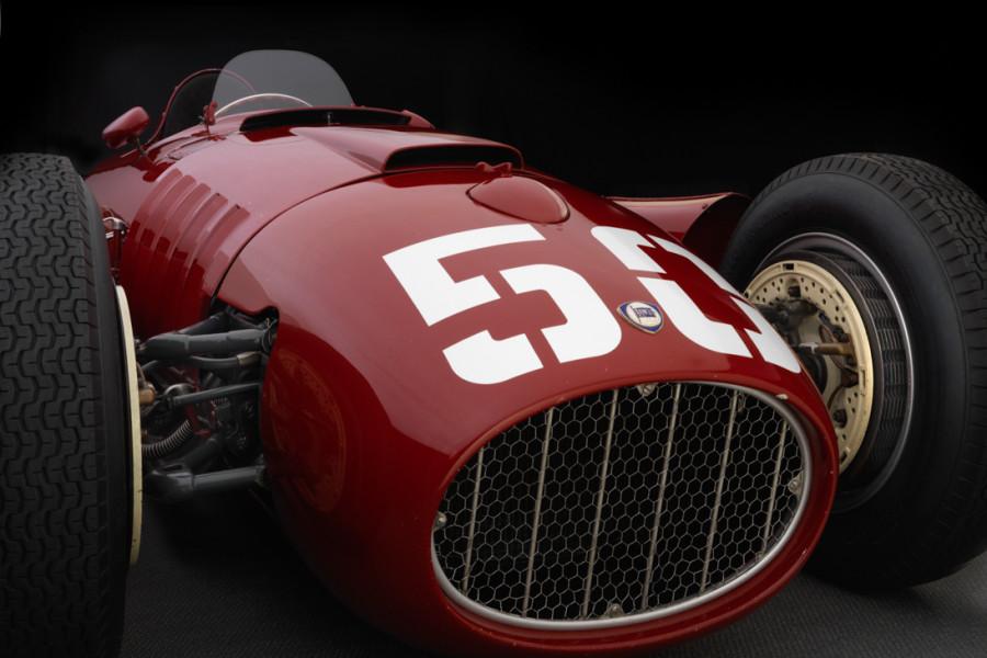 Lancia-D50-front-detail-900x600.jpg