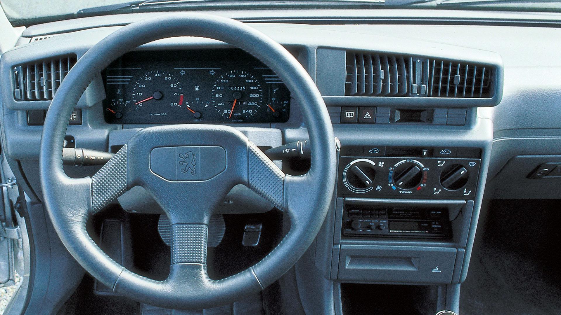 Peugeot-405-Mi16-3.jpg