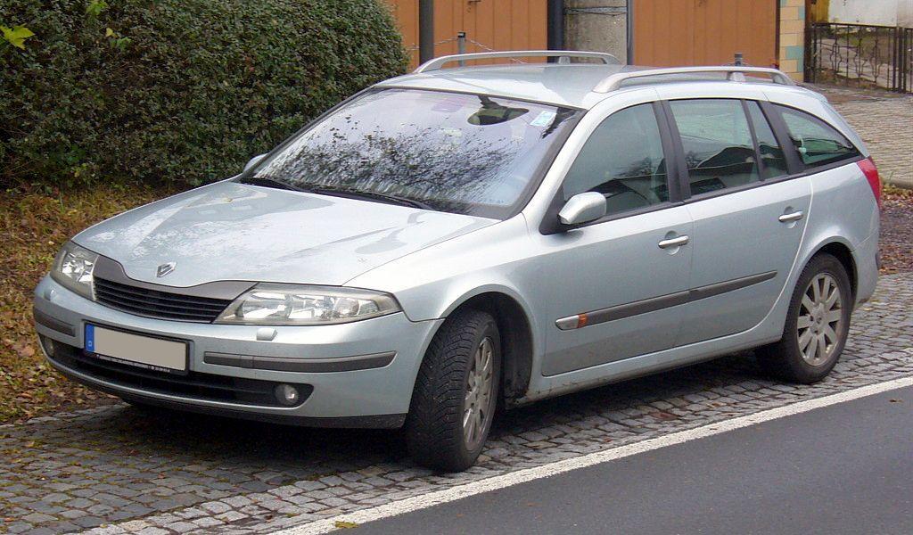 Renault_Laguna_II_Grandtour_Phase_I.JPG